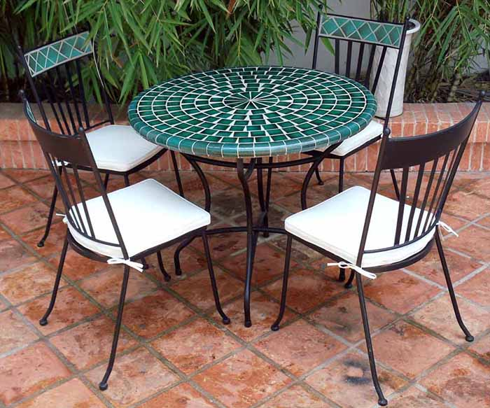 geometric round mosaic tables buy luxury furniture in saigon hcmc hanoi vietnam. Black Bedroom Furniture Sets. Home Design Ideas