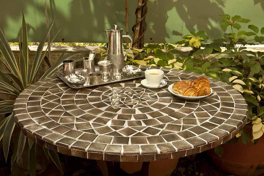 Mosaic tables vietnam saigon hcmc hanoi buy mosaic tables and wrough furniture vietnam online for Comment realiser une table de jardin en mosaique