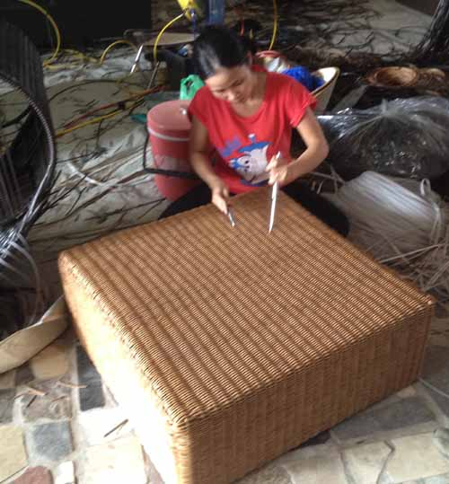 Furniture Quality Control in Vietnam Weaving mistake correction